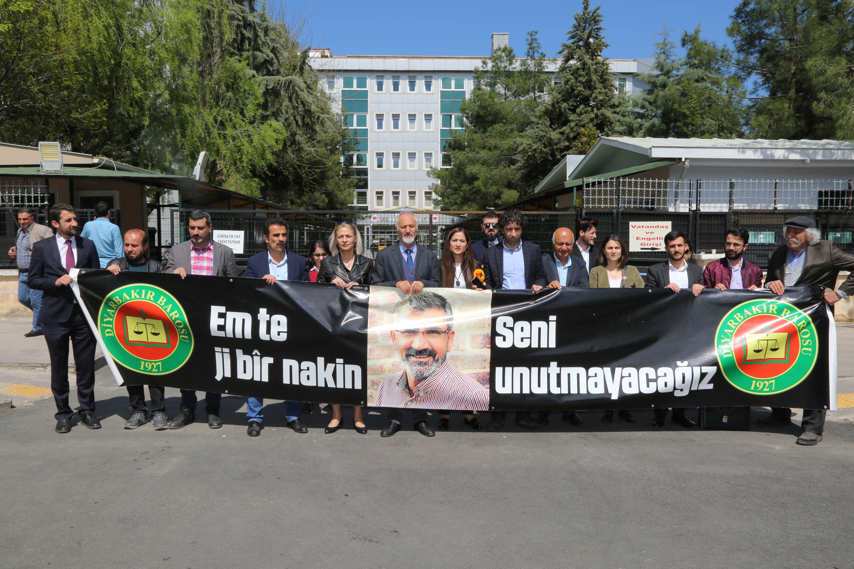 Baro Başkanımız Tahir ELÇİ'nin Katledilişinin 171. Haftası Anma Etkinliği Üyelerimizin Katılımıyla Gerçekleşti...