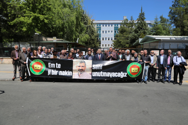 Baro Başkanımız Tahir ELÇİ'nin Katledilişinin 173. Haftası Anma Etkinliği Üyelerimizin Katılımıyla Gerçekleşti...