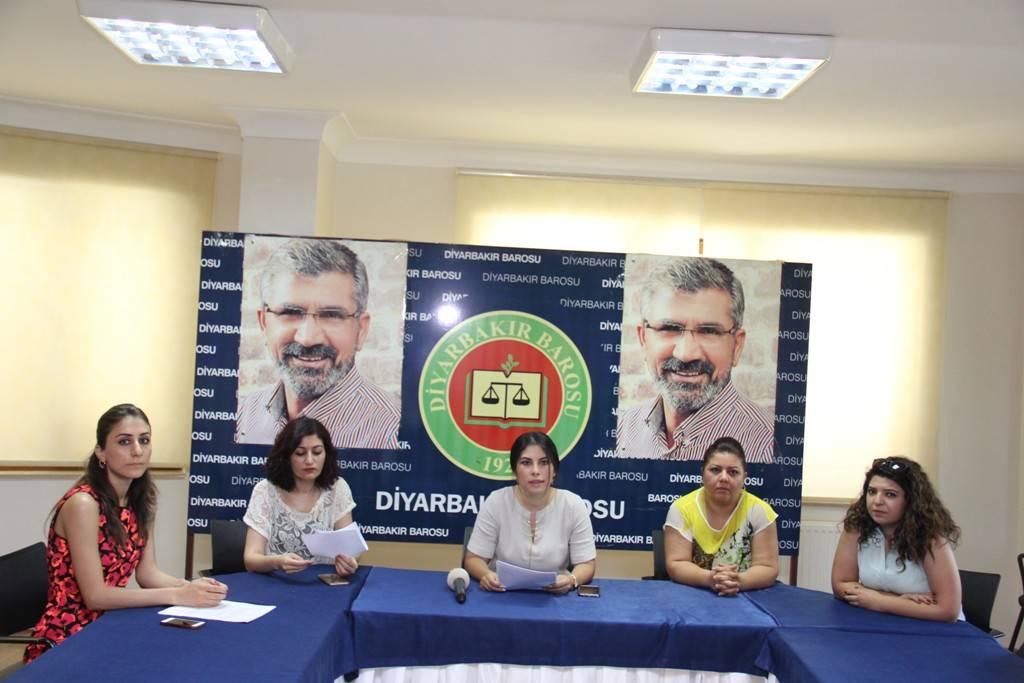 Baromuz Kadın Hakları Merkezinden YASA TASARISINA TEPKİ..
