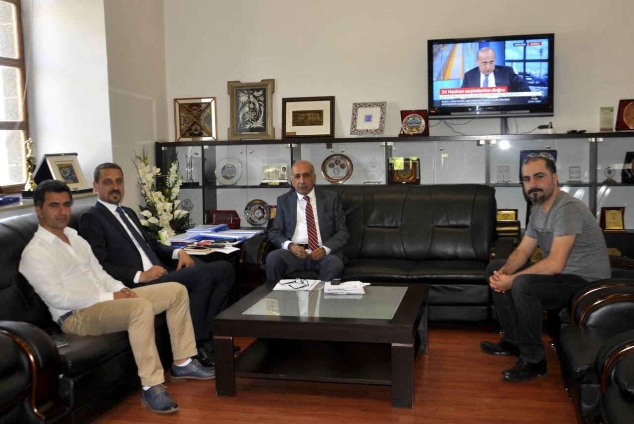 Baromuzdan, Diyarbakır Ticaret Sanayi Odası Başkanı Mehmet KAYA'ya Tebrik Ziyareti...