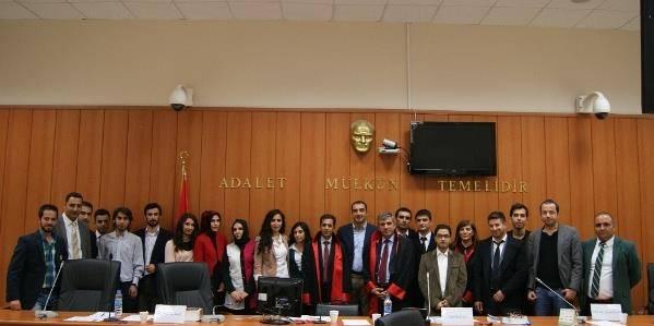 Diyarbakır Barosu Başkanlığı Staj Eğitimi Merkezi tarafından 1. Kurgusal Dava Duruşma yarışması yapıldı.